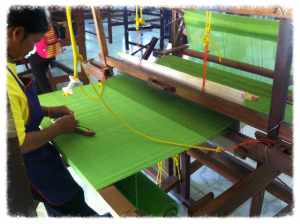 isaan_weaving_jan_2015